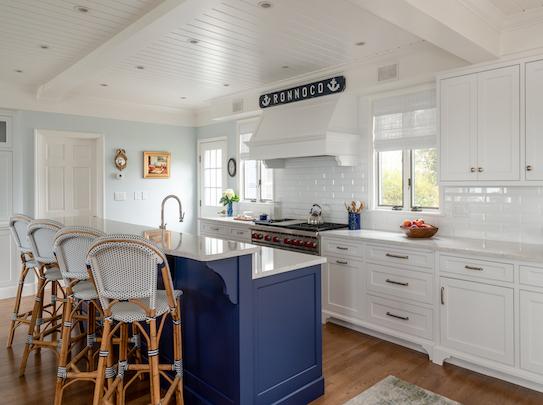 White Coastal Kitchen Design Ideas